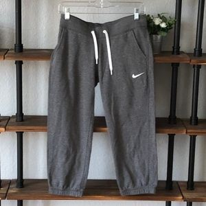 Nike | Capri Jogger | Size Medium | Like New